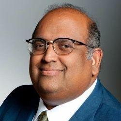 Dr. Mukund Komanduri Headshot